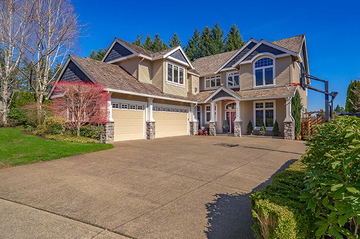 Single Family Home in Rosemont Ridge